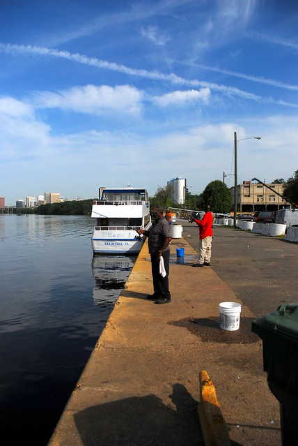 Herring fishing at the old annabel lee docking stop richmo for Fishing in richmond va