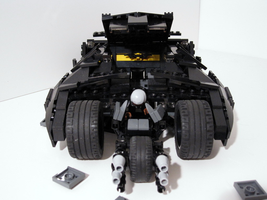 lego batman tumbler batpod batman 39 s tumbler transforms. Black Bedroom Furniture Sets. Home Design Ideas