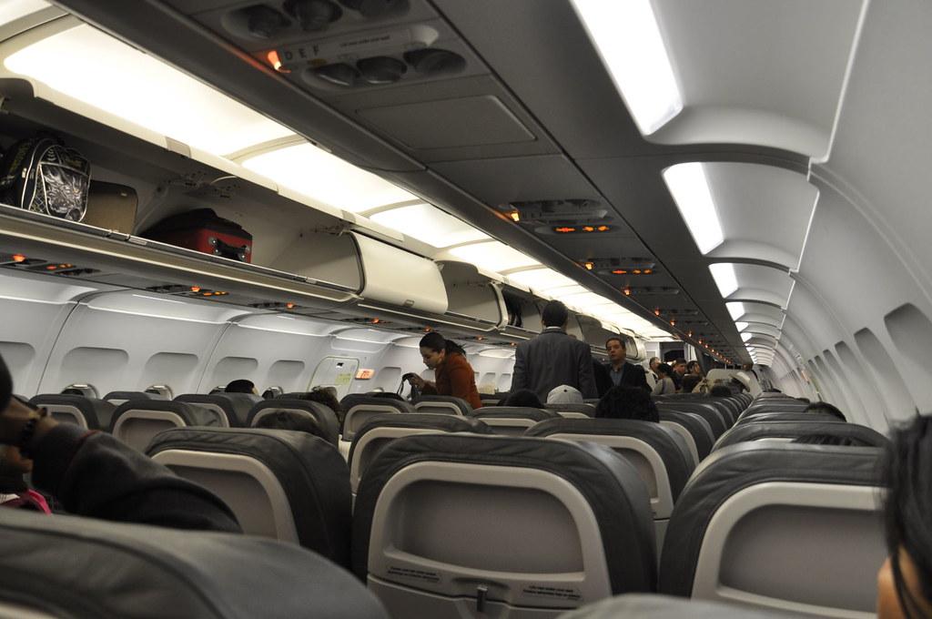 Boarding Volaris To Oaxaca Ricardobtg Flickr