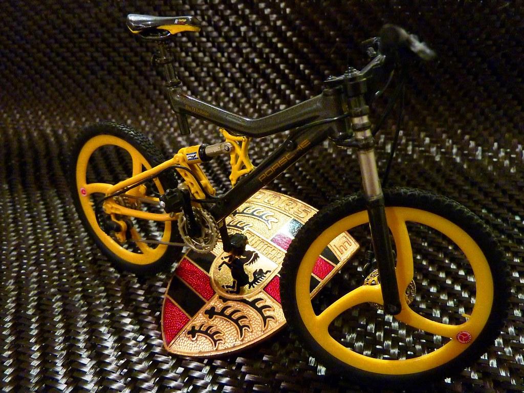 porsche bike fs evolution maisto 1 12 cfk frame by. Black Bedroom Furniture Sets. Home Design Ideas