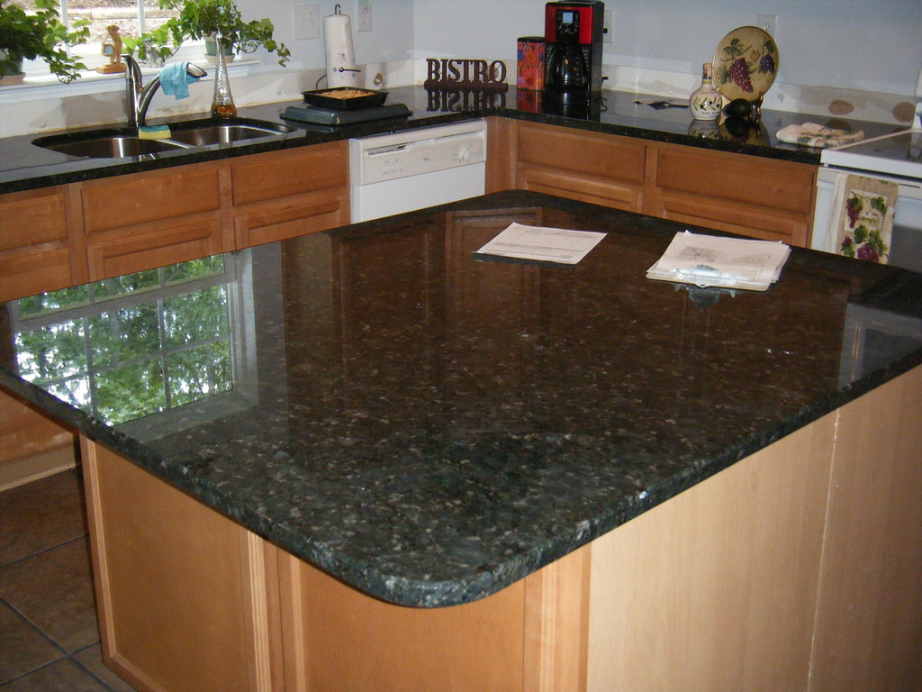Kitchen With Granite Countertops Photos