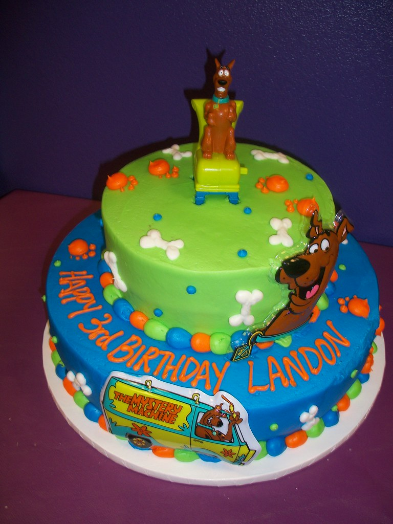 Scooby Doo Layered Round Cake Find Us On Facebook Sugar
