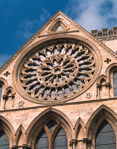 The exterior of the rose window re glazed york for Rose window york minster