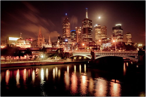 Full Moon Over Melbourne | by Extra Medium