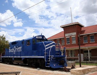 Santa Fe Station & South Orient engine | by CP Shelton