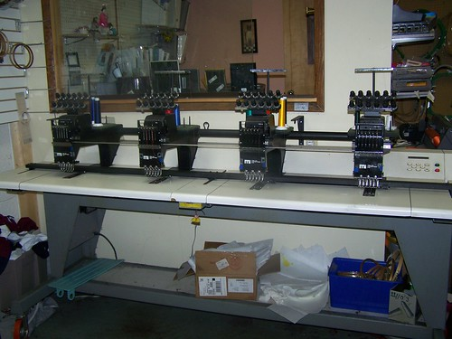 melco emc6 embroidery machine