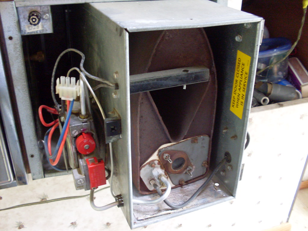 my duo therm furnace for my camper trying to figure out wh flickr my duo therm furnace for my camper by kilted cowboy