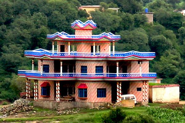 House 6 maqsood tabasum khuiratta azad kashmir for Modern house designs in kashmir