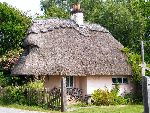 Cute Thatched Cottage Rachel Macniven Flickr