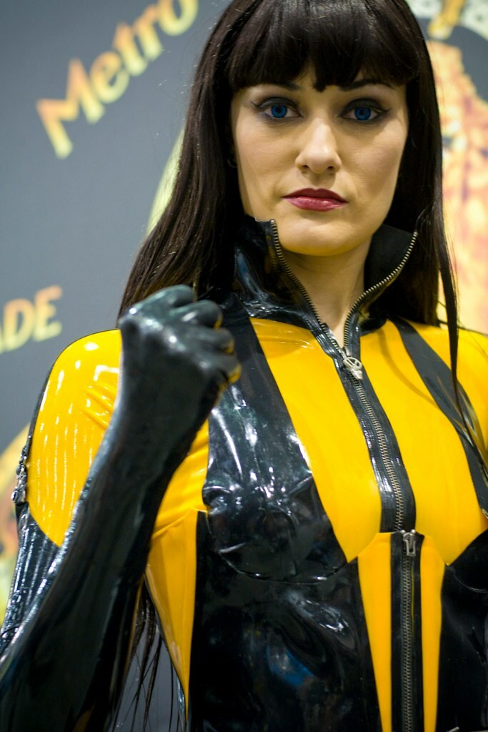 Comic-Con '09 – Silk Spectre II // Watchmen | To see the ...