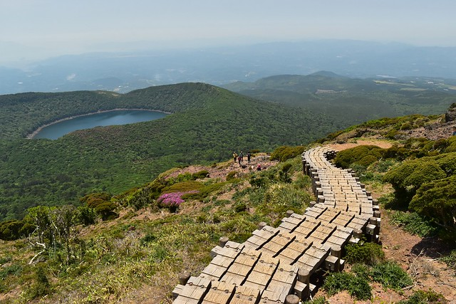 韓国岳~大浪池の階段
