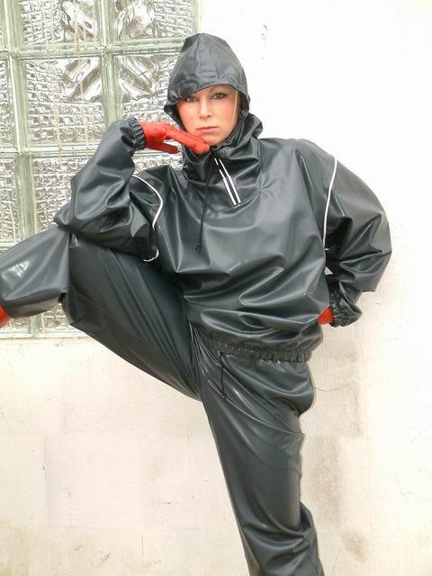 rainsuit gumpla grey dieser regenanzug ist aus der. Black Bedroom Furniture Sets. Home Design Ideas