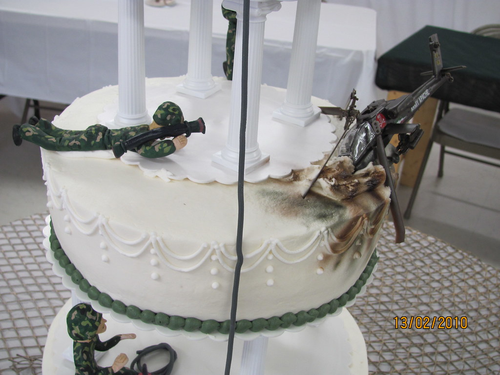 military wedding cakes pictures army opps wedding cake up of army darlene 17370
