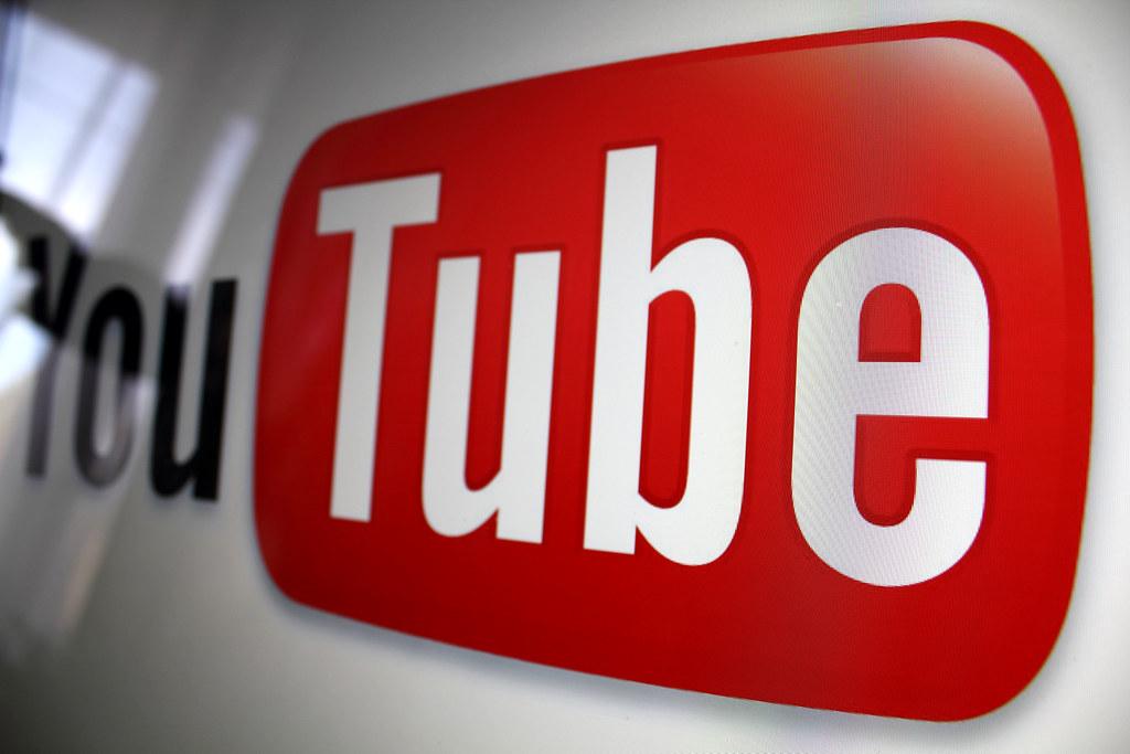 Risultati immagini per youtube