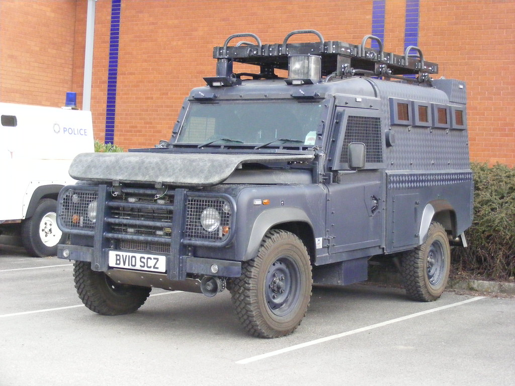 600 gmp land rover 110 armoured car bv10 scz flickr. Black Bedroom Furniture Sets. Home Design Ideas