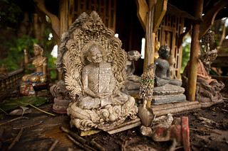 Thai Shrine | by goingslowly