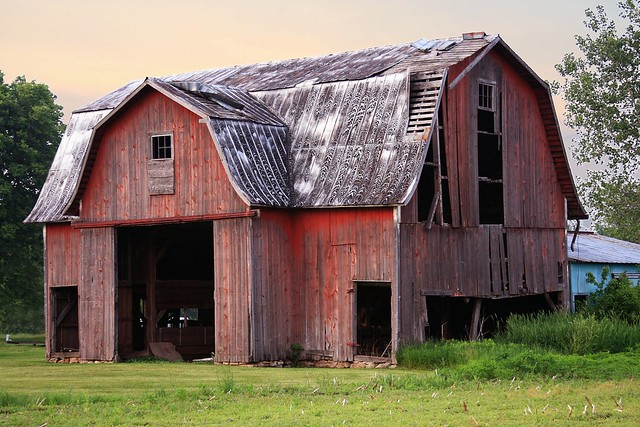 Red Barn With Metal Roof Flickr Photo Sharing
