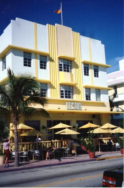 Beach Hotel Albert Park Cbre