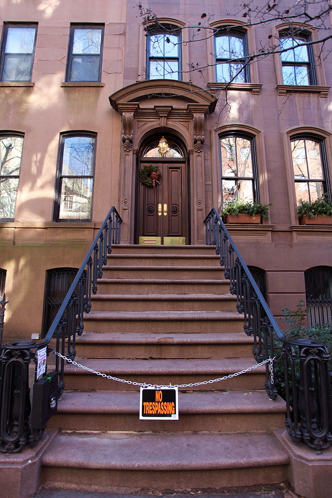 Carrie Bradshaws House From Sex  The City, New York, Usa -3004