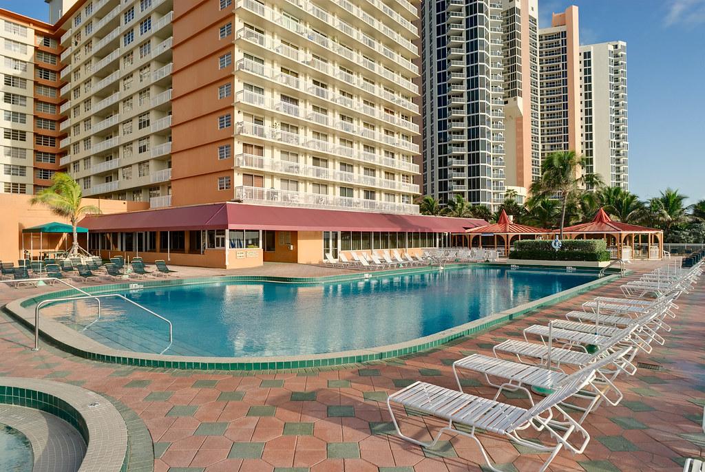 Marco Polo Ramada Plaza Beach Resort