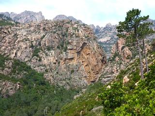 Montée vers le plateau de Punta Rossa : brèche du Carciara d'Aragali