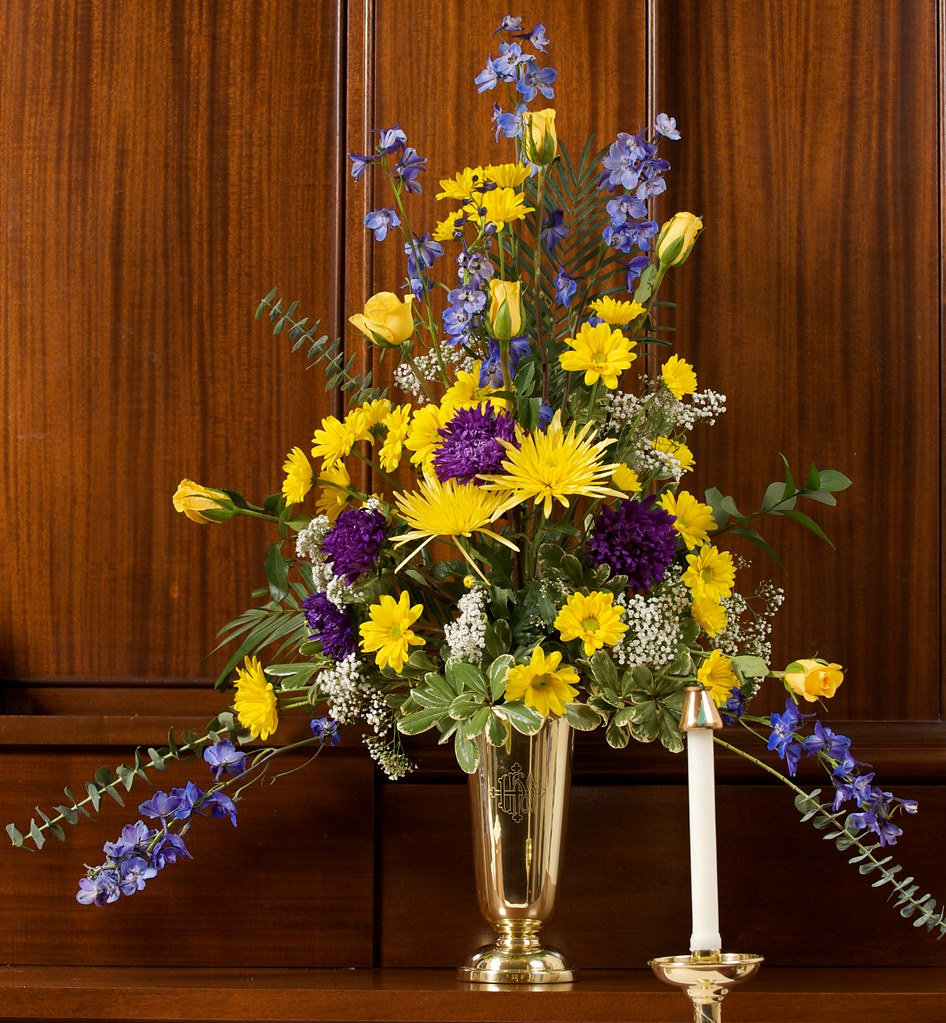 Wedding Flower Arrangements For Church: Wedding Flower Arrangement, Saint James Church