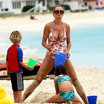 uma_thurman-spoils-kids-milf-sexy-moms-boobs-bikini-bathin… | Flickr