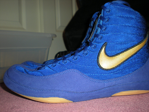 nike wrestling shoes blue and gold