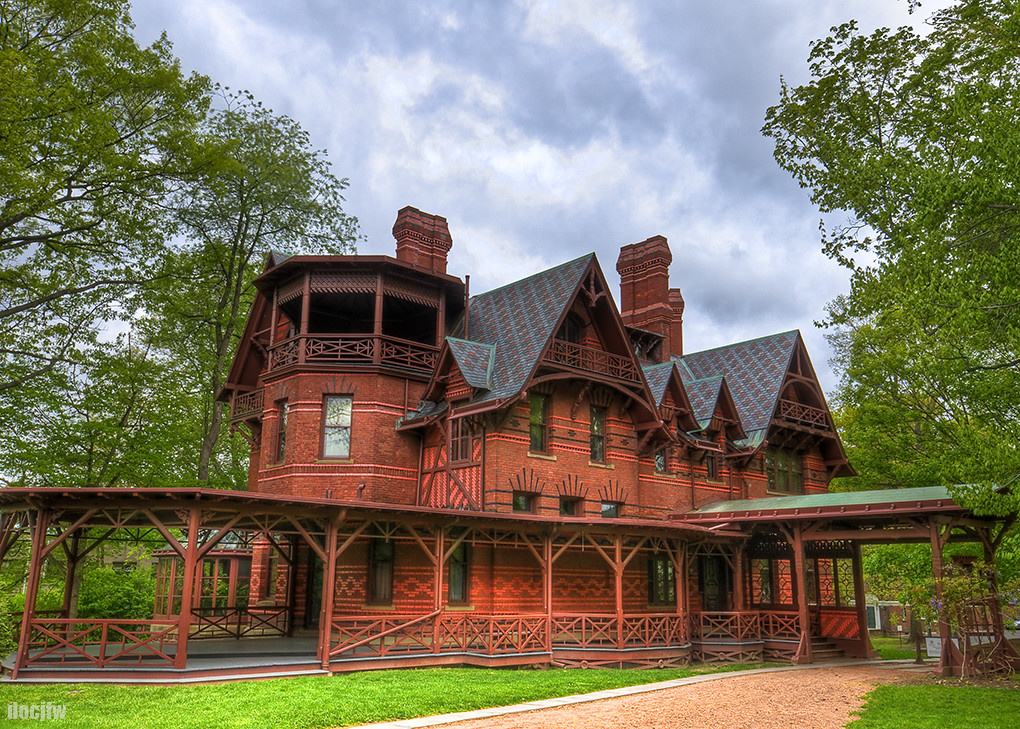 Mark twain house 1874 hartford ct gothic revival style for The hartford house
