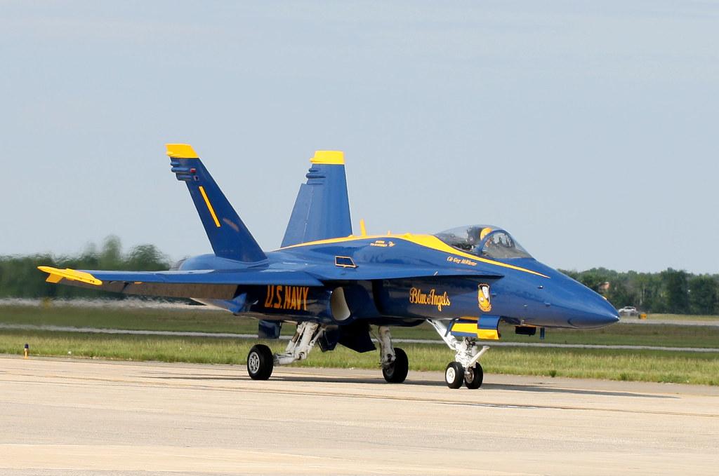 Blue Angels - Cmdr Greg Mcwherter The United States Navy-1128