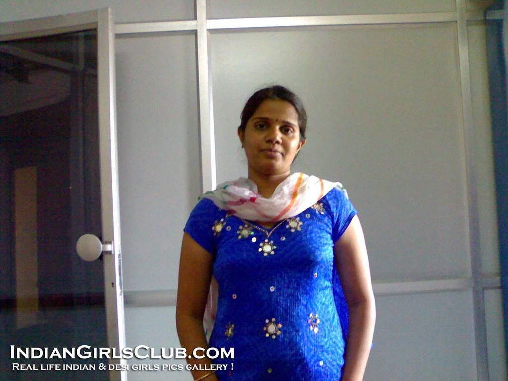 Tamil aunty photos