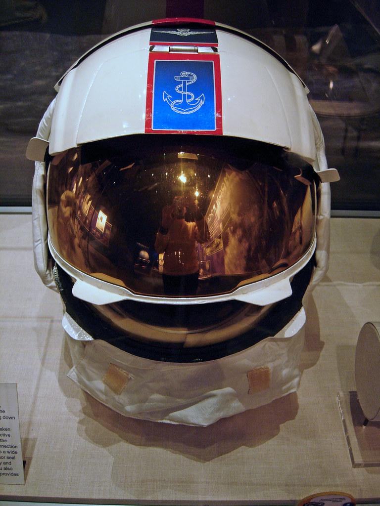 apollo 13 astronaut helmet - photo #2