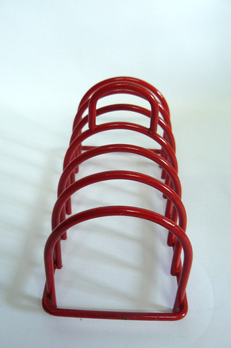 70's Wire toast rack | by planetutopia