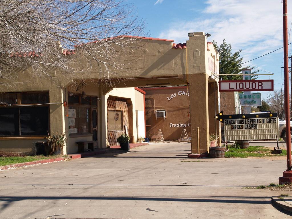 Liquor Signs Cuero Texas Old Small Town Liquor Store 2010 Buildings Roa
