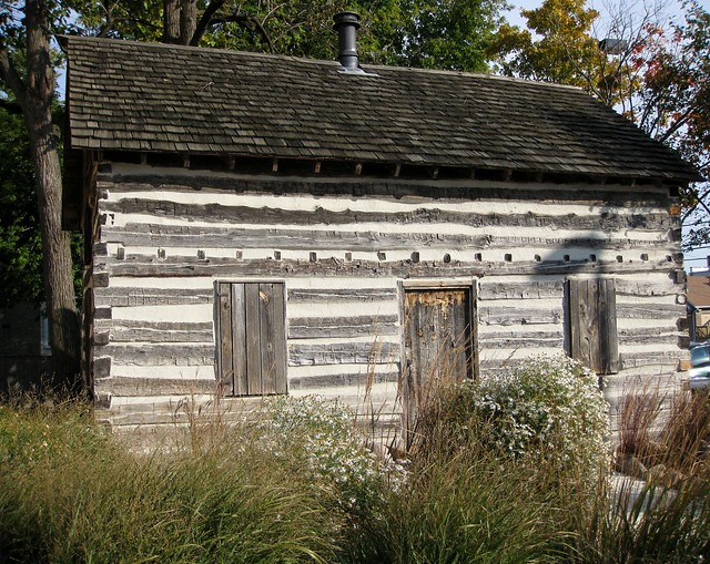 Historic log cabin flickr photo sharing for Colonial log homes