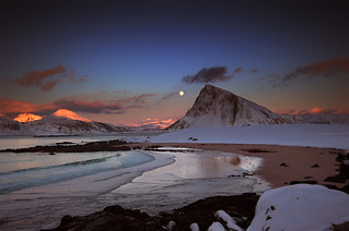 Wintermoon above Offersøykammen | by steinliland