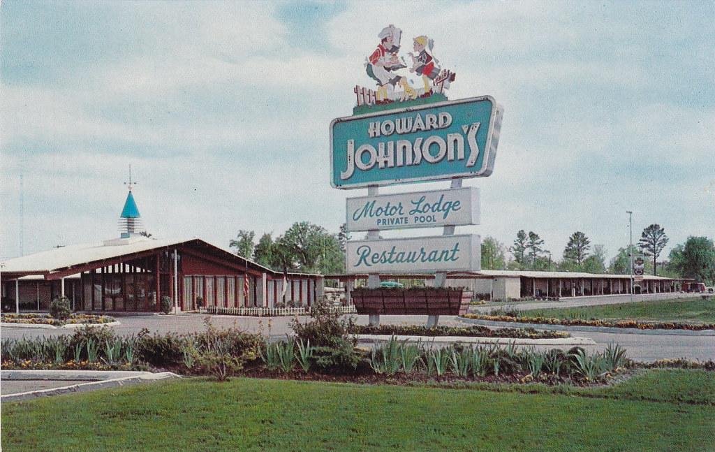 Vintage Postcard Howard Johnson 39 S Motor Lodge Rocky Mo