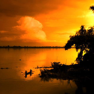 Sunset over the Mekong River | by B℮n