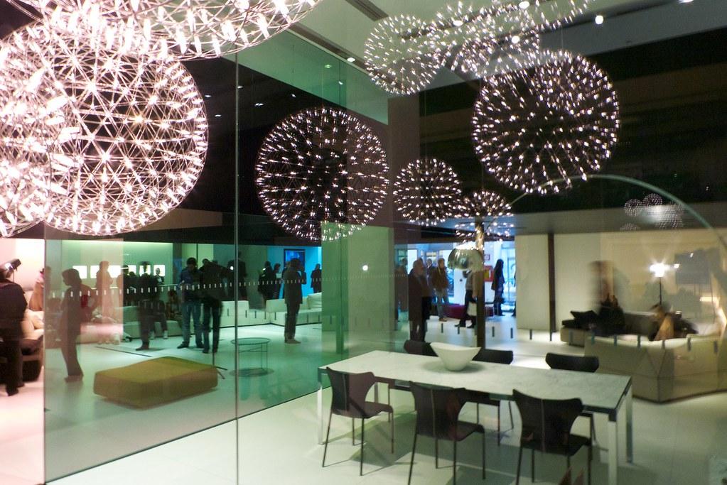 Moooi Raimond installation at B&B Italia Milano | Jan-Willem Poels ...