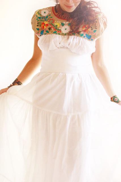 Flor Blanca Mexican embroidered wedding dress | Aida Coronado ...
