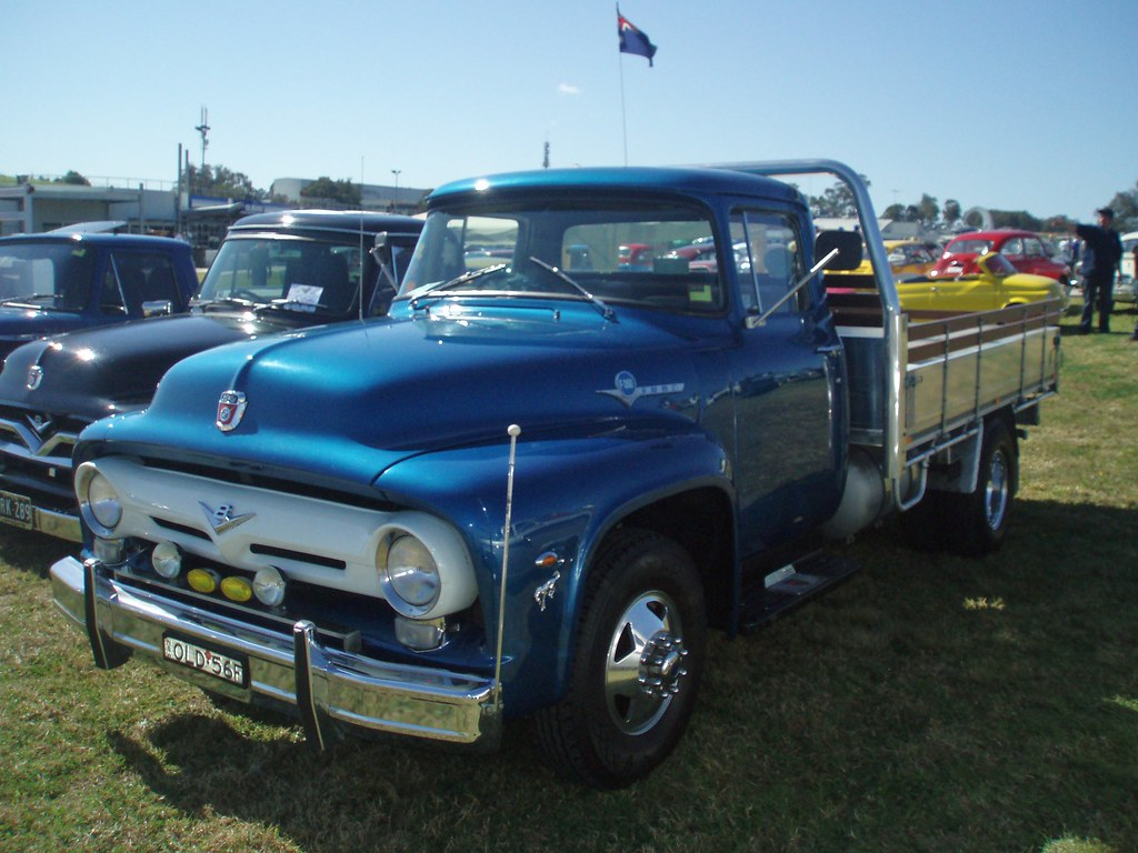 Ford F  Engine   L V Natural Gas