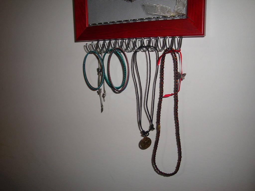 Cornice porta orecchini e collane ganci per appendere - Porta collane e orecchini ...