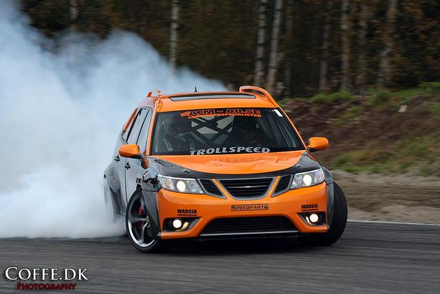 Drifting Rwd Saab 9 3 Sportcombi Wagon Johan Lundgren