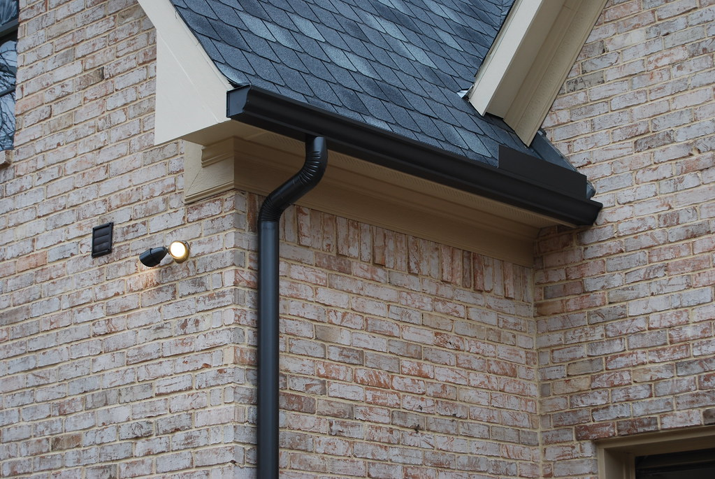 6 Og Gutter 4 Round Downspout Dark Bronze Color