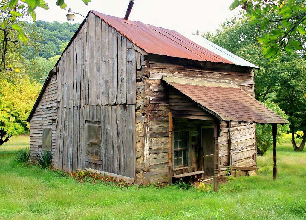 Old log home southern ohio shutterfool flickr for Home builders in southern ohio