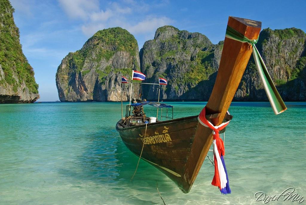 Ladyboys In Paradise Island