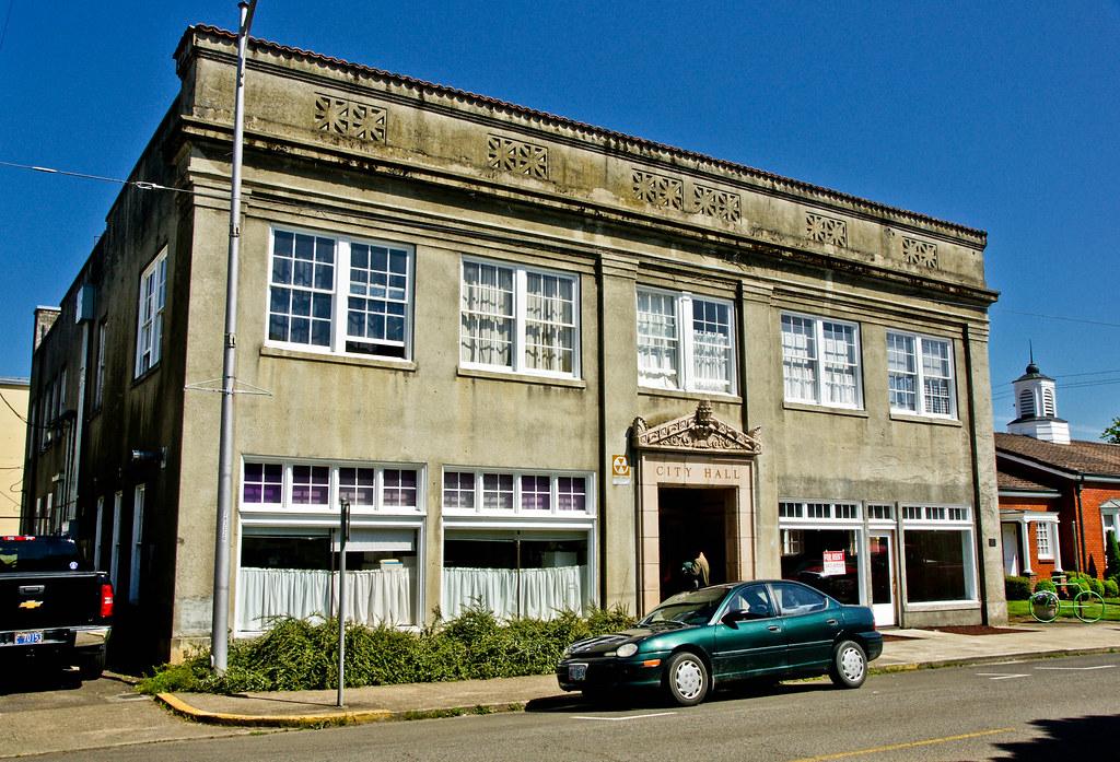 Cottage Grove Oregon City Hall Building