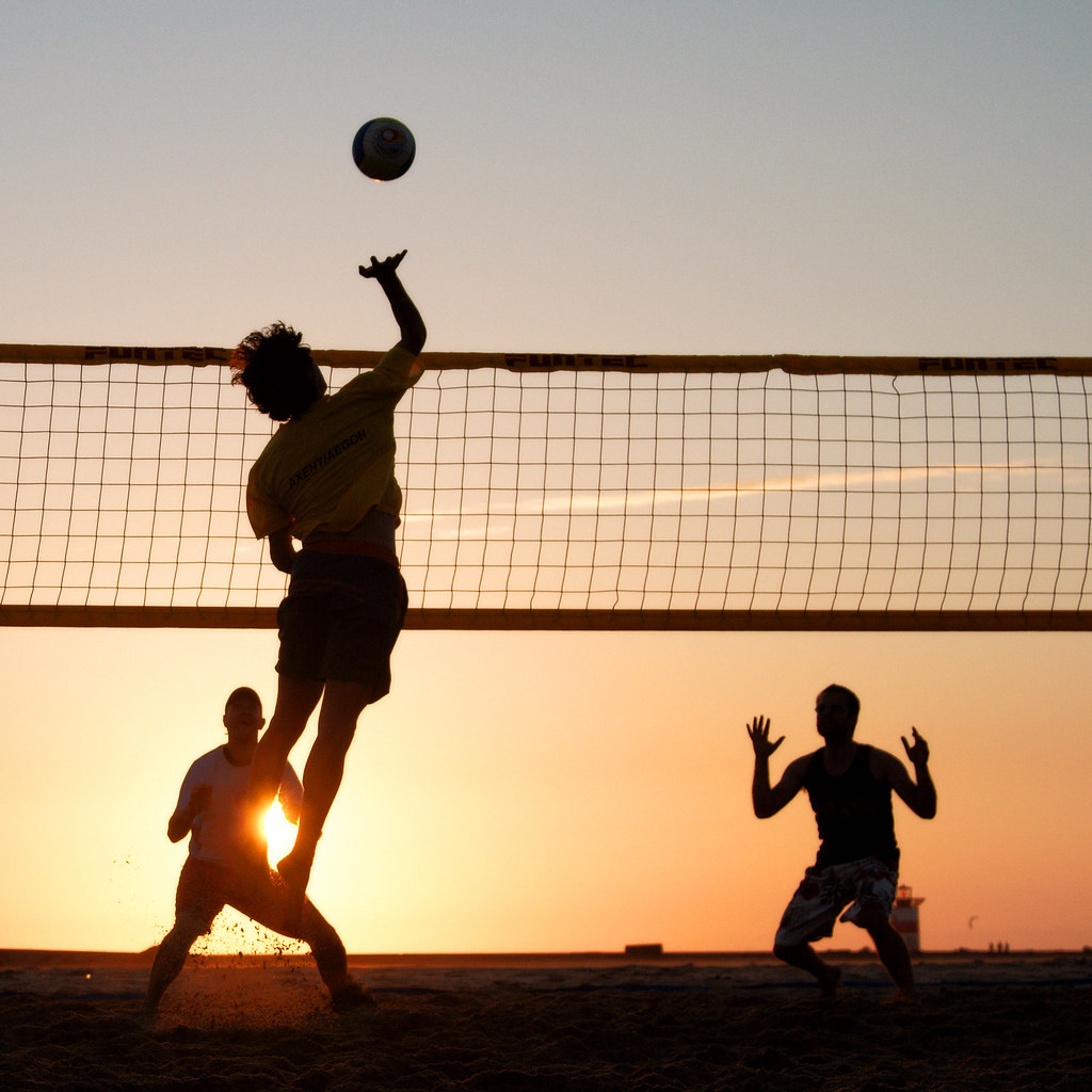 Beach Volleyball - Play Free Online Games at Y8 Games