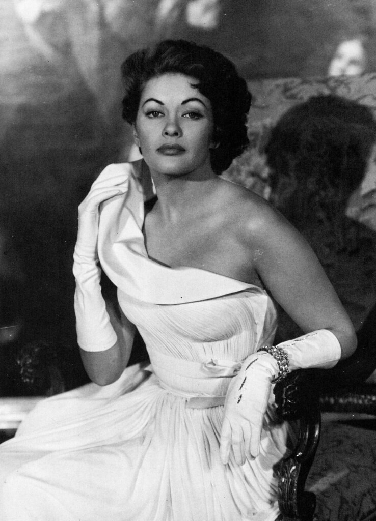 Yvonne Decarlo Classicfilmscans Blogspot Com Kate