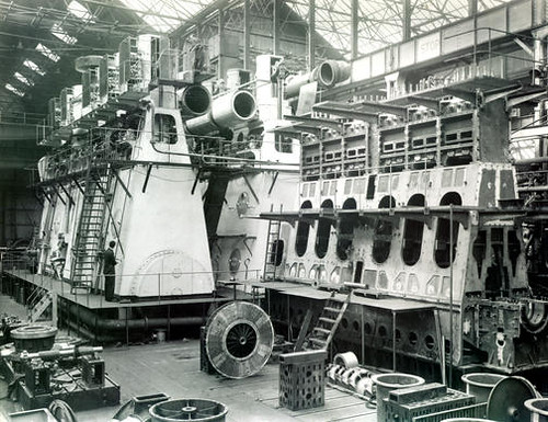 Doxford Engines, Linthouse Engine Shop | Assembly of ...